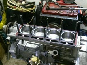 Двигатель автомобиля УАЗ